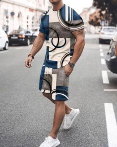 Cool Outfits, Casual Outfits, Men Casual, Suit Fashion, Mens Fashion, Buy Suits, Black Men Street Fashion, T Shirt And Shorts, Printed Shorts