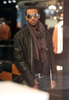 Craig David - Craig David Shopping At Dolce & Gabbana In London