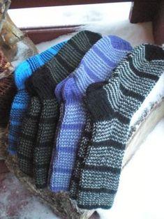 Raitasukka Knitting Socks, Knitting Projects, Crochet, Fashion, Knit Socks, Moda, Fashion Styles, Chrochet, Fasion