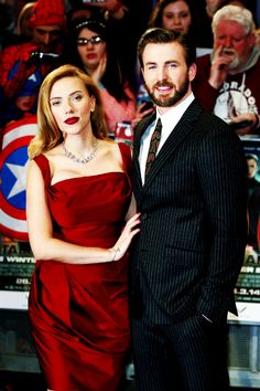 Chris Evans and Scarlett Johansson at the London premiere of CATWS