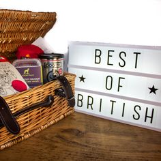 Our 'Best of British' Gourmet Hamper is the perfect gift for any patriotic pooch! This hamper contains a delicious selection of artisanal treats, all of which are proudly made by independent food producers in the UK. The lucky recipient will also be spoilt for choice with TWO British themed soft toys to play with!
