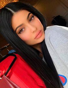 Inspiração de cabelo liso Kylie Jenner