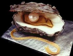 Mike's Amazing Cakes - well this has to be one of the most unusual cakes ever. Oyster and pearl cake. Crazy Cakes, Fancy Cakes, Cute Cakes, Pretty Cakes, Yummy Cakes, Unique Cakes, Creative Cakes, Gorgeous Cakes, Amazing Cakes
