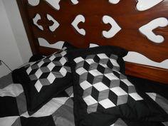 Capas de travesseiros em cubos 3D