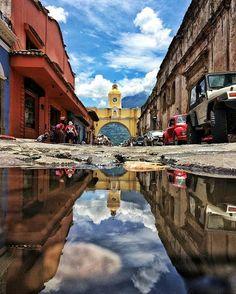 """234 Likes, 5 Comments - ElAntigüeño.com (@el_antigueno) on Instagram: """"Foto por: @ilanprice Utiliza #ElAntigueno en tus fotos de Antigua y podría compartirlas. ・・・ Arty…"""""""