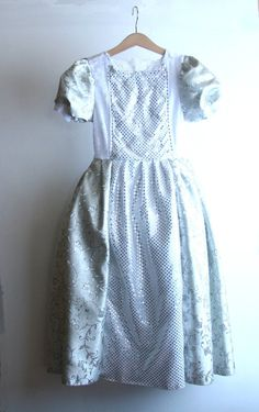 Halloween Silver princess Costume size 6 years READY to SHIP