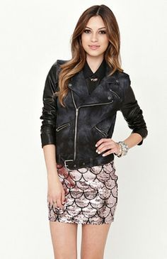 Perfect club outfit! Stylish and cute
