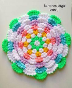 Crochet Bedspread, Crochet Doilies, Crochet Flowers, Crochet Stitches, Baby Girl Frocks, Frocks For Girls, Baby Girl Frock Design, Laddu Gopal, Diy And Crafts