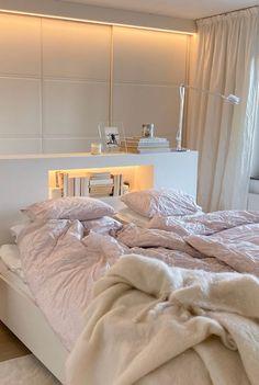 Dream Rooms, Dream Bedroom, Home Room Design, Home Interior Design, Room Ideas Bedroom, Bedroom Decor, Bedroom Inspo, Minimalist Room, Aesthetic Room Decor