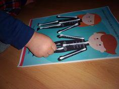 Dios me hizo - lección de la biblia para niños - Trueway Kids Plastic Cutting Board, Cos, Activities, Bible Lessons, Body Parts Preschool, God Made Me, Learning Activities, Language
