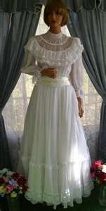 I got married in 1979 in a Gunni Sax dress like this one. I borrowed it from a friend.  :)