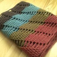 Infinity scarf JOLITA pattern - via @Craftsy