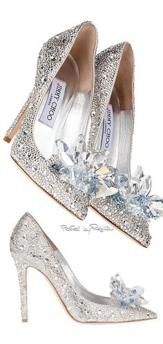 Saw these Cinderella shoes on the Jimmy Choo website. Dream Shoes, Crazy Shoes, Me Too Shoes, Pretty Shoes, Beautiful Shoes, Bridal Shoes, Wedding Shoes, Stilettos, Marken Outlet