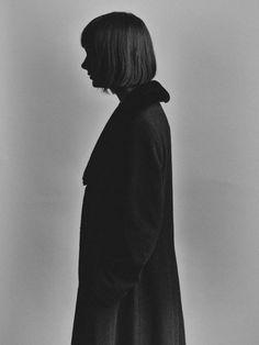 Shot this portrait last year. @ello @ellophotography @monochromatica #bastiaanwoudt #portrait #portraiture #blackandwhitephotography #fineart