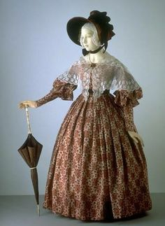 1836-38 gown with pelerine, from V&A