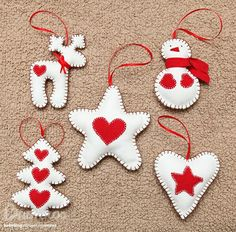 Craft: Christmas Figurines - Home Easy Christmas Decorations, Felt Decorations, Felt Christmas Ornaments, Christmas Fun, Ornaments Ideas, Christmas Figurines, Christmas Sewing, Handmade Christmas, Christmas Projects