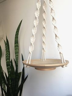 Macramé Hanging Bowl / Plant Hanger / Hanging Basket / Key Holder / Magazine Holder / Mail Basket / Catch All Macrame – Wall Hanging Etsy Macrame, Macrame Art, Macrame Projects, Macrame Knots, Micro Macrame, Macrame Modern, Macrame Plant Holder, Plant Holders, Macrame Hanging Planter