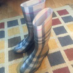 Authentic Burberry rain boots Authentic plaid Burberry rain boots Burberry Shoes Winter & Rain Boots