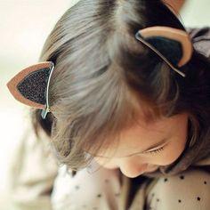 Sé que son orejas de gato. Es un poco estúpido que siempre las lleve puestas, pero son tan lindas y divertidas.