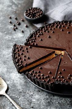 Crunchy Peanut Butter and Chocolate Tart