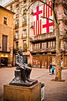 Apartments in Barcelona;  Excursions in Barcelona, Costa Brava & Catalunya; Barcelona Airport Private Arrival Transfer. Vacations in Barcelona; Holidays in Barcelona. Only positive feedback from tourists. http://barcelonafullhd.com/transfer-from-barcelona-airport/ http://www.barcelonawow.com/en/transfer Plaça del Pi (Square), Barcelona, Catalonia
