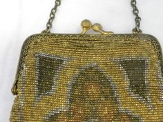 Vintage 1920s Art Deco French Gold Metallic Micro Beaded Flapper Purse - detail