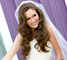 wedding hairstyles down with veil Wedding Hairstyles Down for Simple Yet Chic Wedding