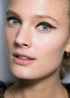 Rag & Bone AW14 graphic eyeliner / Le tracé graphique