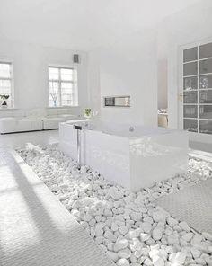 Clean, fresh, elegant, bright….BEAUTIFUL  http://helpmaison.com/2014/05/14/helpmaison-vous-aide-a-realiser-la-salle-de-bain-de-vos-reves/