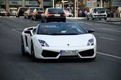 Gallardo LP 560 Spyder:  Gallardo LP560 Spyder >> Available in Cote d'Azur, French Alps and Paris!