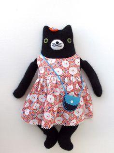 Black and white kitty - mimi kirchner makes beautiful dolls!