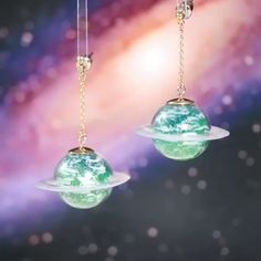 Wooow!!!! Absolutely amazing and stunning space themed UV resin jewelry! All credit to tukulot