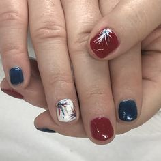 Patriotic Red, White and Blue firework Gel Nails Football Nails, Patriotic Nails, Blue Fireworks, Finger Nails, Hair Skin Nails, Toe Nail Designs, Gel Nail, Manicures, Toe Nails