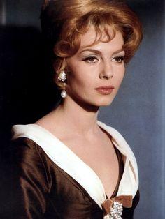 Angélique et le Roy (1966) - Michèle Mercier