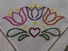 Crochet Towel, Japanese Embroidery, Cross Stitch Patterns, Rugs, Decor, Embroidery Patterns Free, Cross Stitch Flowers, Cross Stitch Embroidery, Hungarian Embroidery