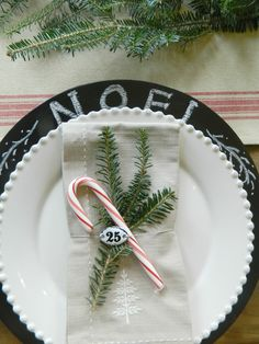 Chalkboard chargers -- Fern Creek Cottage: My Breakfast Rooms Christmas Tablescape 2012