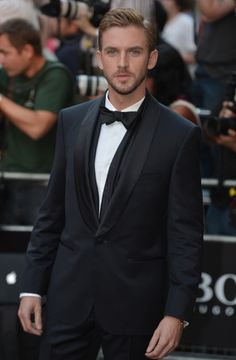 Downton Abbey's Dan Stevens named 'most stylish man' at GQ Men of the Year Awards