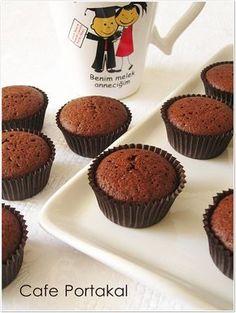 East Dessert Recipes, Cake Recipes, Desserts, Cupcake Cookies, Mini Cupcakes, Pasta Cake, Cap Cake, Chocolate Cake, Muffins