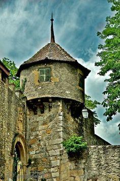 handa:    Neuchâtel, a photo from Neuchatel, West | TrekEarth