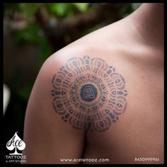 His love for White Lotus Mandala design from Avatar was so strong that it had to get inked on his shoulder. Done by ACE Tattooz & Art Studio INDIA Lotus Mandala Design, Lotus Mandala Tattoo, Unique Tattoo Designs, Unique Tattoos, Cool Tattoos, Men Tattoos, Tattoos For Guys, Lotus Tattoo Shoulder, Avatar Tattoo