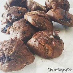 Tra i dolci tipici della cucina pugliese ci sono i Sasanelli pugliesi. I sasanelli pugliesi sono dei deliziosi dolcetti tipici della zona di Gravina in