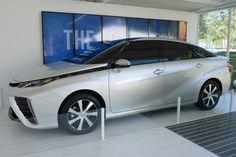 Toyota FCV đặt chân lên đất Mỹ với trị giá 70.000 USD  http://oto-xemay.vn/can-ban-xe-oto-cua-cac-hang/lexus-33.html