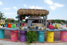 Bring an Island feel to your beach side event with this steel drum & dock buffet! Would love this for my next theme party!