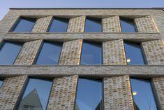 ARC18: Woonzorgcentrum Scheldehof Vlissingen – atelier PRO - De Architect Cubist Architecture, Hotel Architecture, Residential Architecture, Architecture Design, Facade Design, Exterior Design, Cornwall House, Brick Works, House Design Pictures
