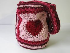 Ravelry: Granny's Valentine Bag pattern by Ana Clerc