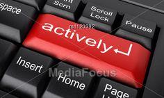 tích cực hoạt động , nhanh nhẹn