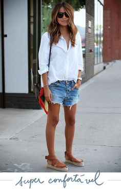 40 Of The Best Summer Outfits To Copy Right Now Casual Summer Fashion Style. Very Light and Fresh Look. The Best of clothes in Mode Shorts, Mode Jeans, Women's Jeans, Jean Short Outfits, Short Jeans, Short Shorts, Look Fashion, Fashion Outfits, Fashion Women