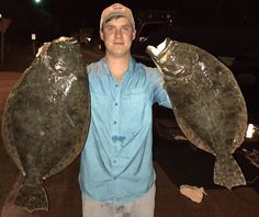 Cameron Dailey nails HUGE Flounder at night using the Ultimate Gig Lights. Going Fishing, Fishing Tips, Trophy Fish, Boat Stuff, Red Fish, Saltwater Fishing, Salt And Water, Going Home, Jellyfish