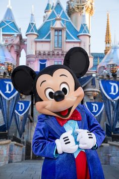 Learn about the new interactive entertainment experiences that are part of the Disneyland 60 anniversary Diamond Celebration