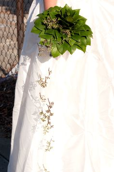 Lemon leaf bouquet. Creative bouquet inspiration.